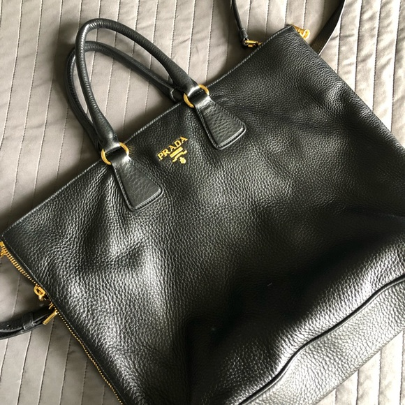 b0c35b9d7dc1c6 PRADA Cervo Side Zip Nero Black Leather Tote. M_5ca7ce1cd1aa257f0d6472bb